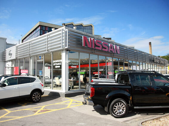 Nissan bradford nissan dealers in bradford bristol street for Bristol motor mile dealerships