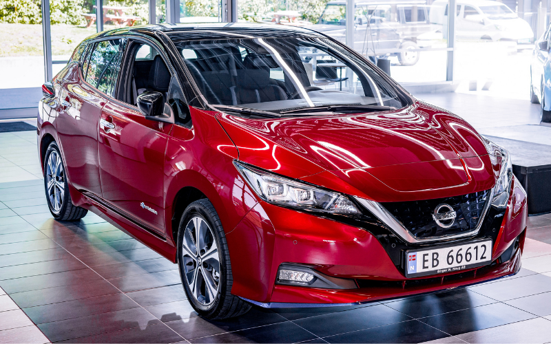 Nissan Celebrates the Production of the 500,000th LEAF
