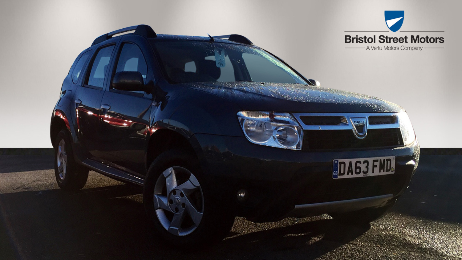 used dacia duster 1 5 dci 110 laureate 5dr diesel estate for sale in scotland macklin motors. Black Bedroom Furniture Sets. Home Design Ideas