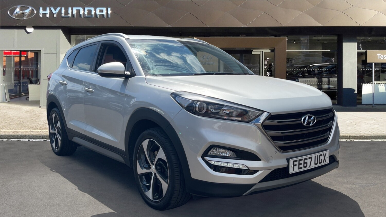 used hyundai tucson 1 7 crdi blue drive sport edition 5dr 2wd diesel estate for sale in scotland. Black Bedroom Furniture Sets. Home Design Ideas