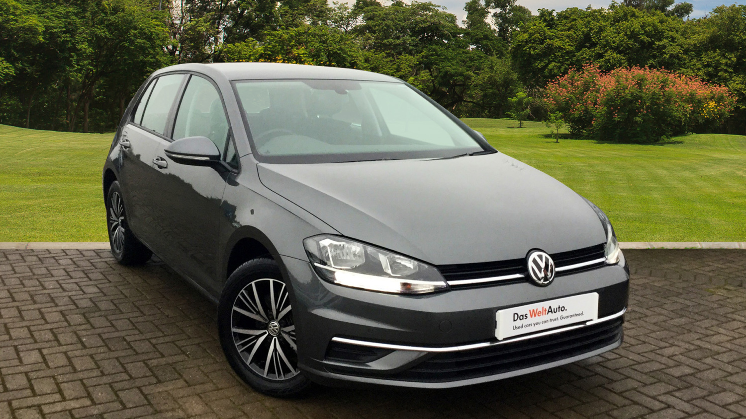 used volkswagen golf 1 4 tsi se nav 5dr petrol hatchback for sale in scotland macklin motors. Black Bedroom Furniture Sets. Home Design Ideas