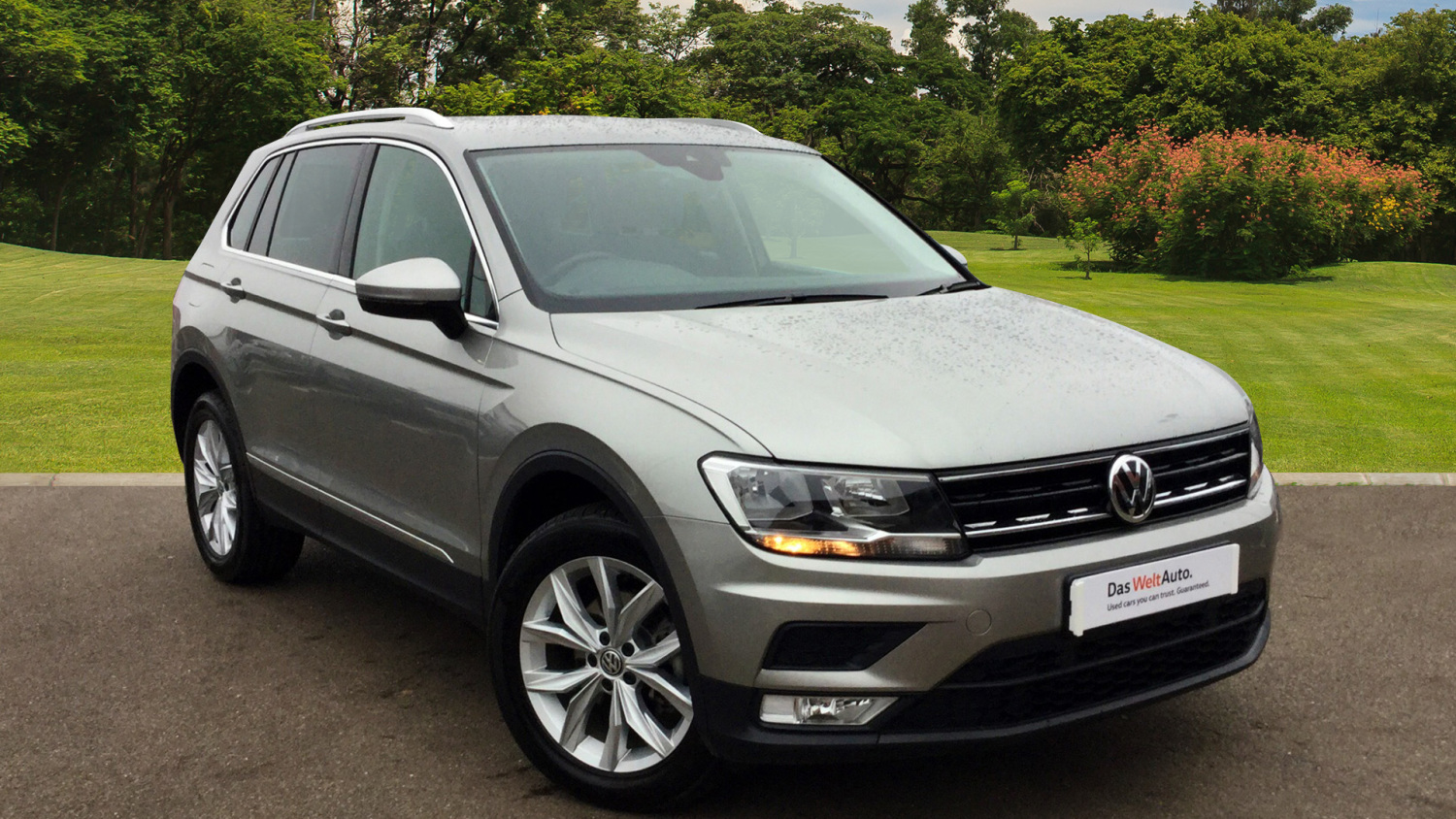 used volkswagen tiguan 2 0 tdi bmt 150 4motion se nav 5dr diesel estate for sale in scotland. Black Bedroom Furniture Sets. Home Design Ideas
