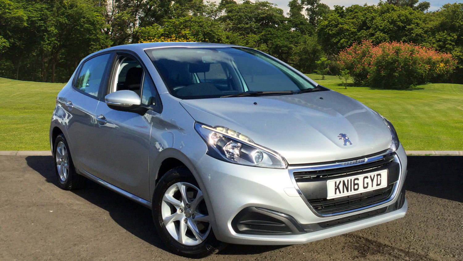 used peugeot 208 1 2 puretech 82 active 5dr petrol hatchback for sale in scotland macklin motors. Black Bedroom Furniture Sets. Home Design Ideas