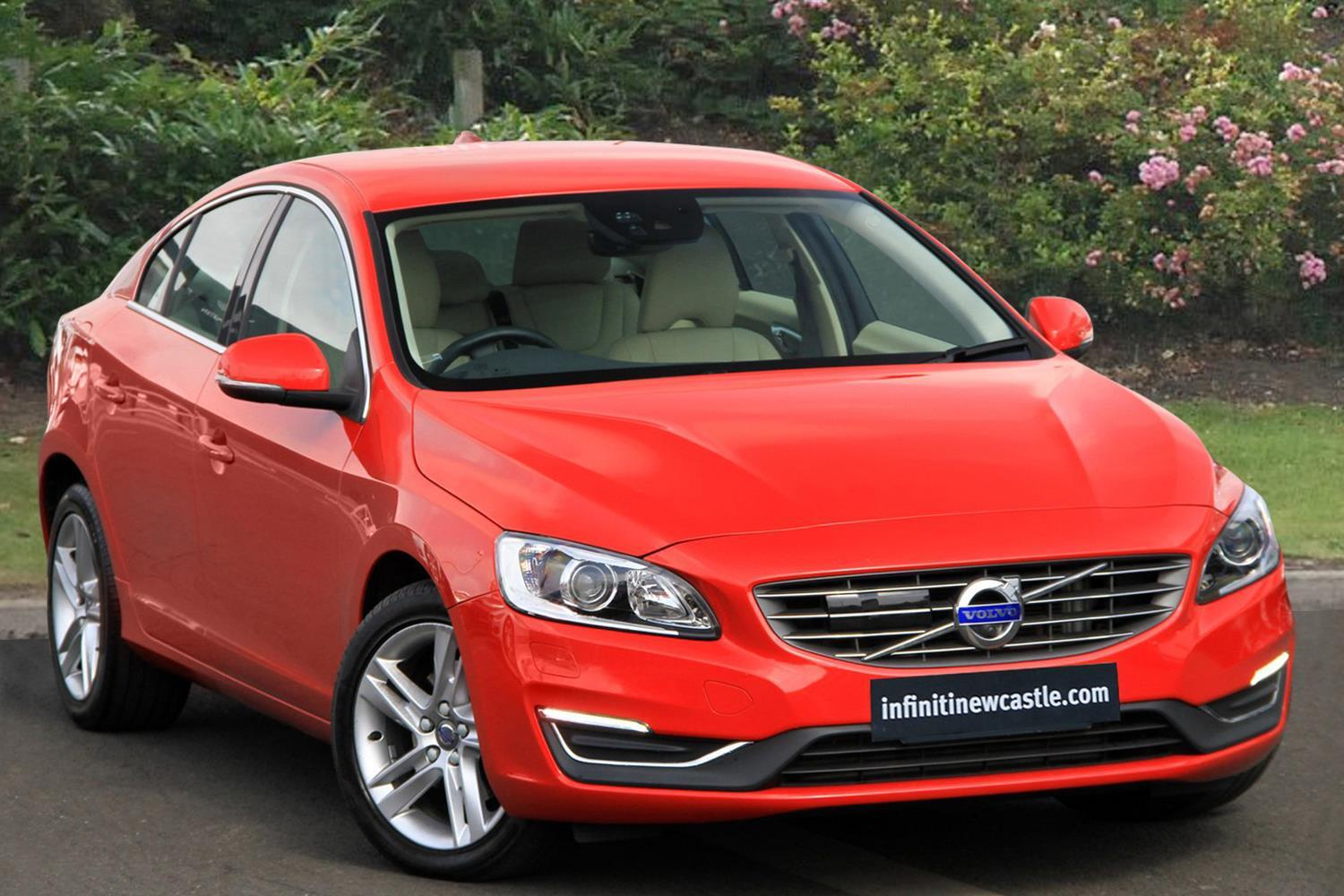 used volvo s60 d3 150 se lux nav 4dr geartronic diesel saloon for sale in scotland macklin. Black Bedroom Furniture Sets. Home Design Ideas