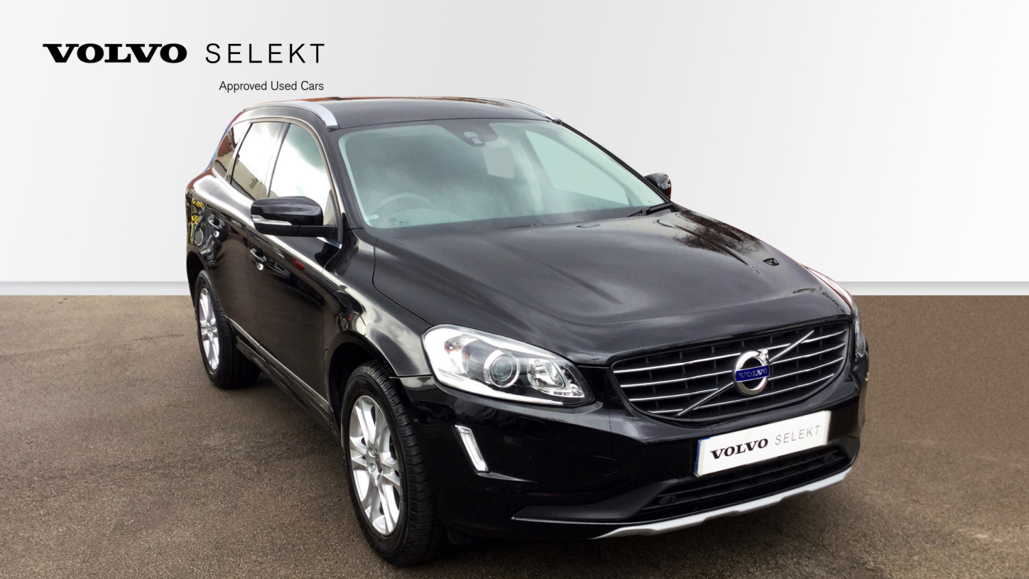 used volvo xc60 d5 220 se lux nav 5dr awd geartronic diesel estate for sale in scotland. Black Bedroom Furniture Sets. Home Design Ideas