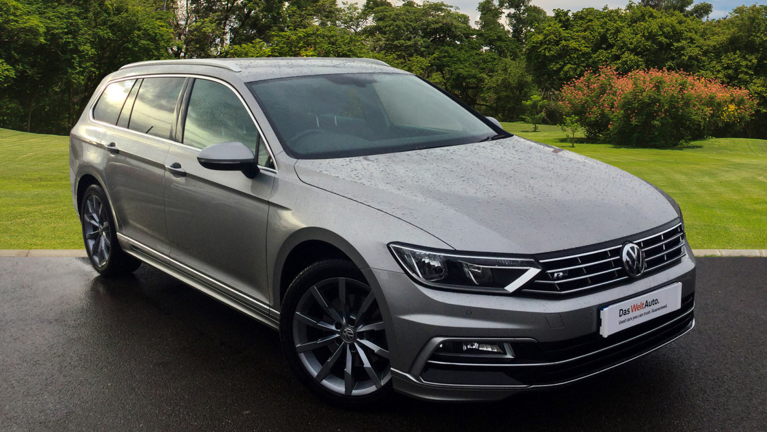 used volkswagen passat 2 0 tdi r line 5dr diesel estate for sale in scotland macklin motors. Black Bedroom Furniture Sets. Home Design Ideas