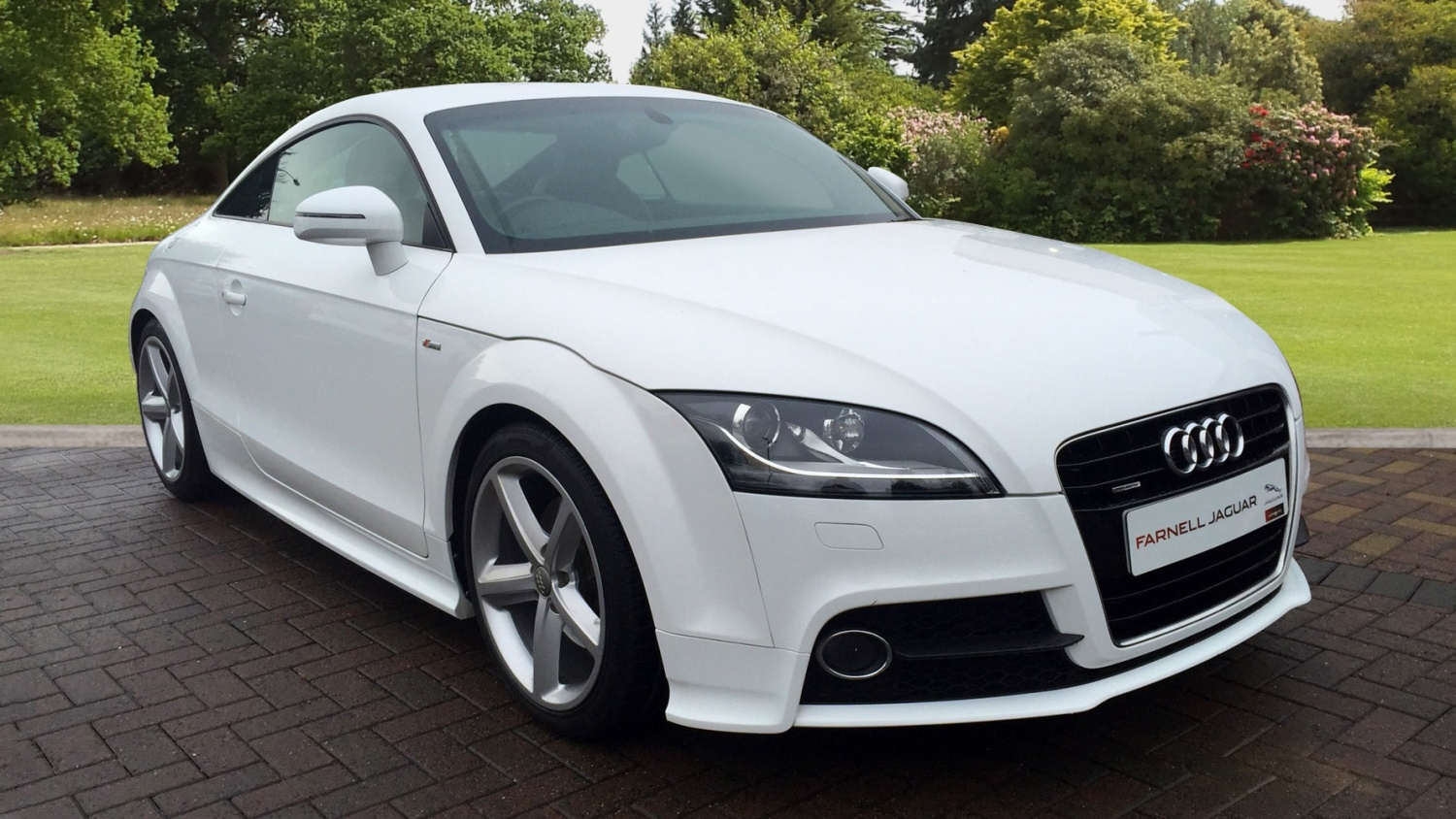 used audi tt 2 0 tdi quattro s line 2dr 2011 diesel coupe for sale in scotland macklin motors. Black Bedroom Furniture Sets. Home Design Ideas