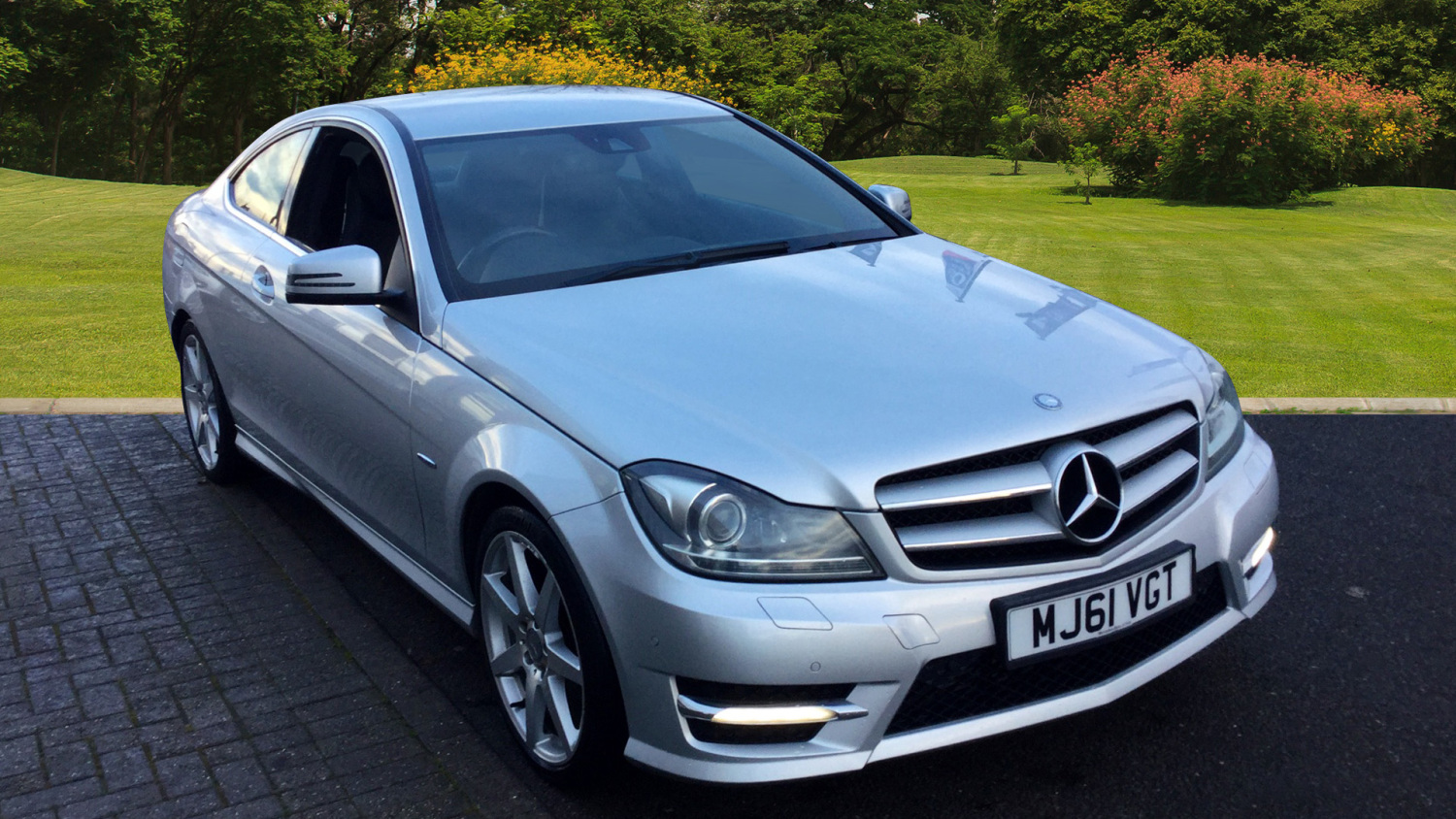 Used mercedes benz c class c250 cdi blueeff amg sport for Mercedes benz c250 used