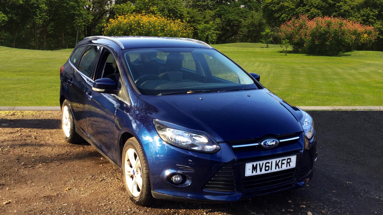 used ford focus 1 6 zetec 5dr petrol estate for sale in scotland macklin motors. Black Bedroom Furniture Sets. Home Design Ideas