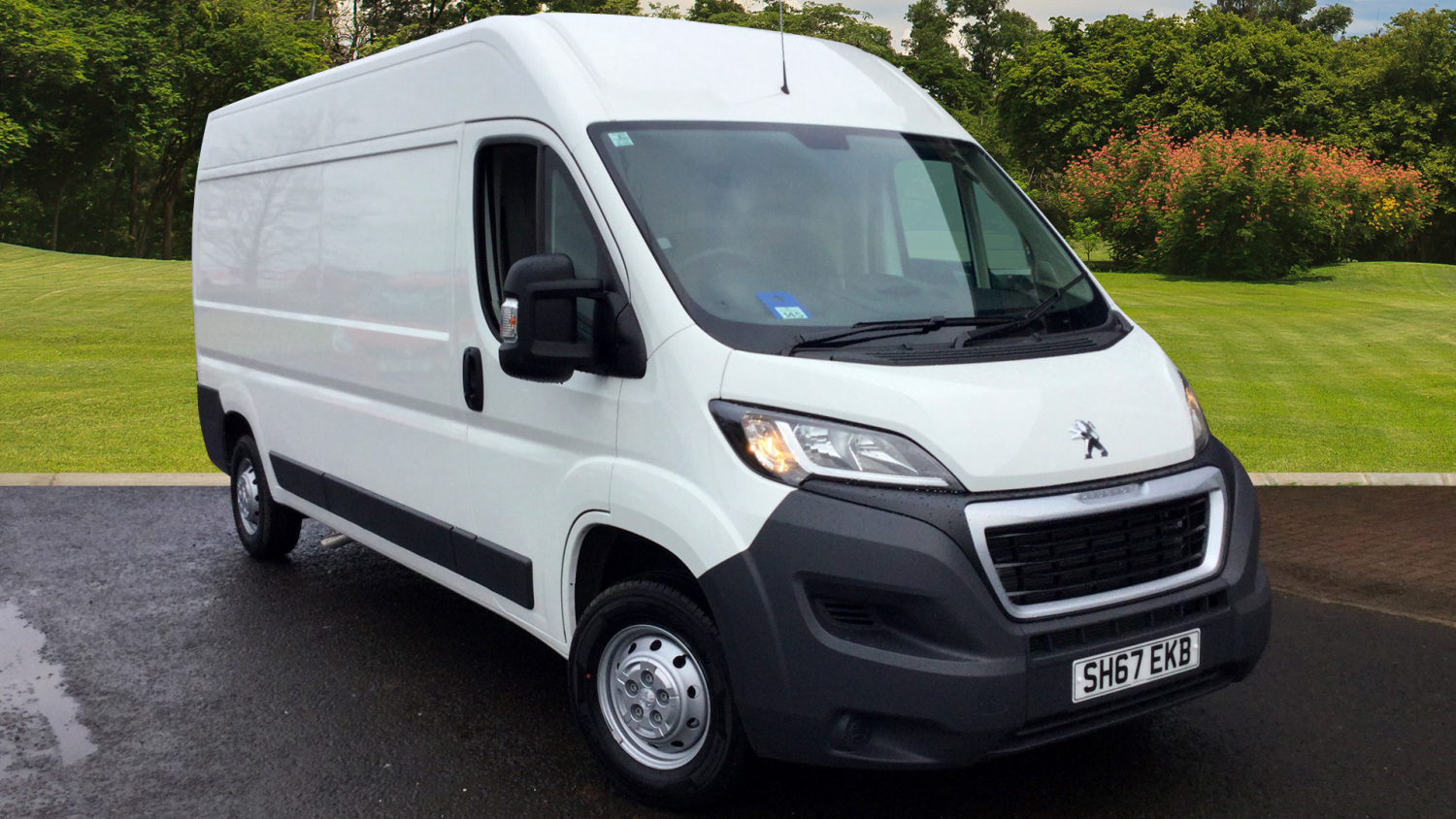 used peugeot boxer 335 l3 diesel 2 0 bluehdi h2 professional van 130ps for sale in scotland. Black Bedroom Furniture Sets. Home Design Ideas