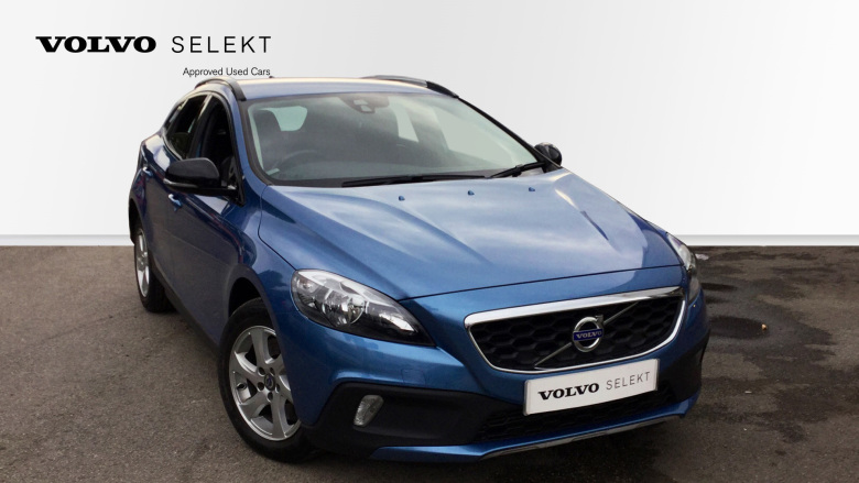 Volvo V40 D3 [4 Cyl 150] Cross Country SE 5dr Geartronic Diesel Hatchback