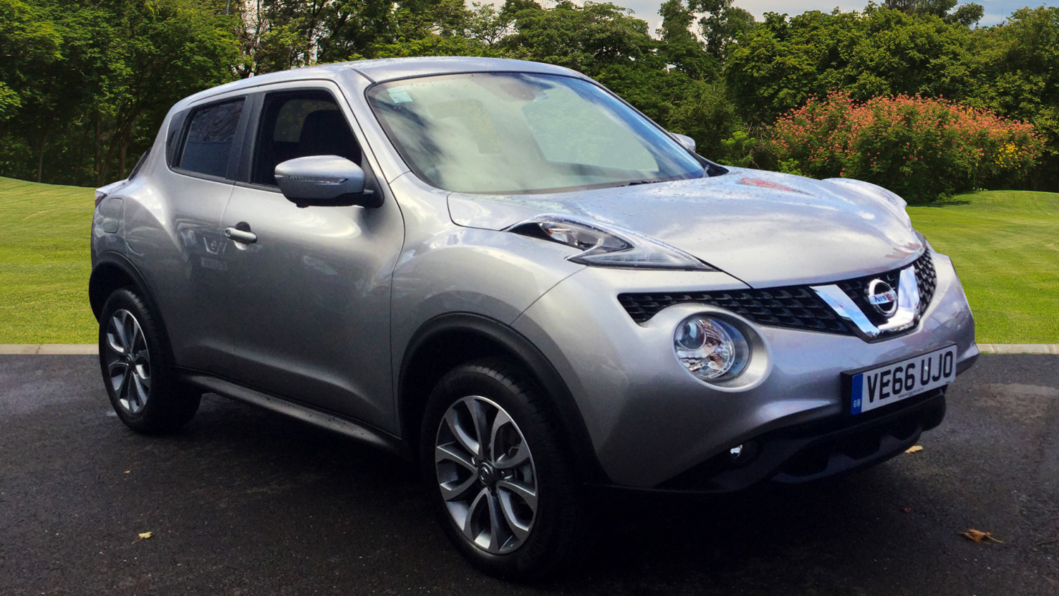 used nissan juke 1 5 dci tekna 5dr diesel hatchback for sale in scotland macklin motors. Black Bedroom Furniture Sets. Home Design Ideas