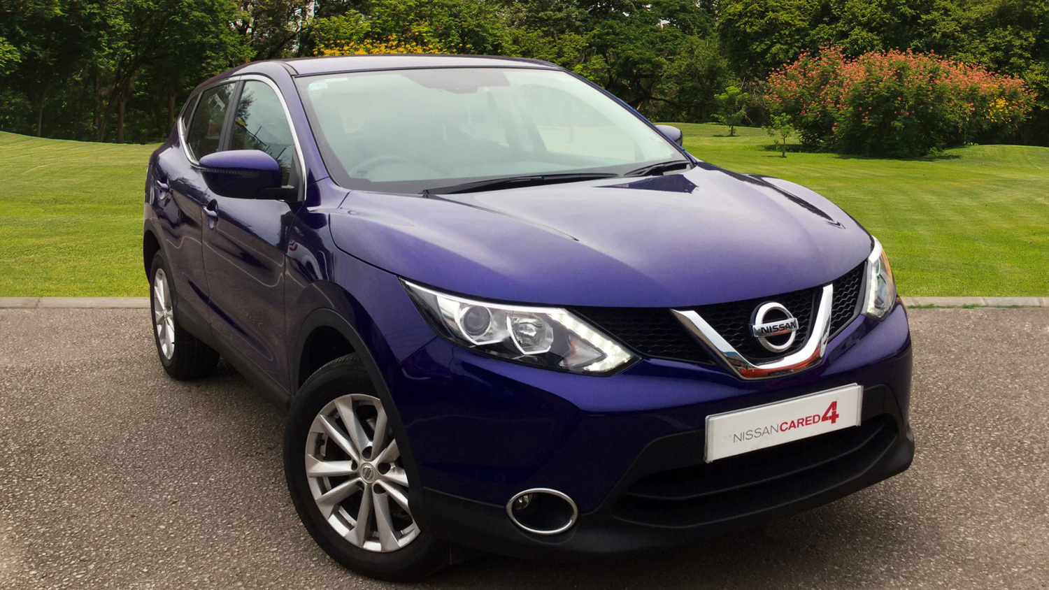 used nissan qashqai 1 5 dci acenta 5dr diesel hatchback for sale in scotland macklin motors. Black Bedroom Furniture Sets. Home Design Ideas