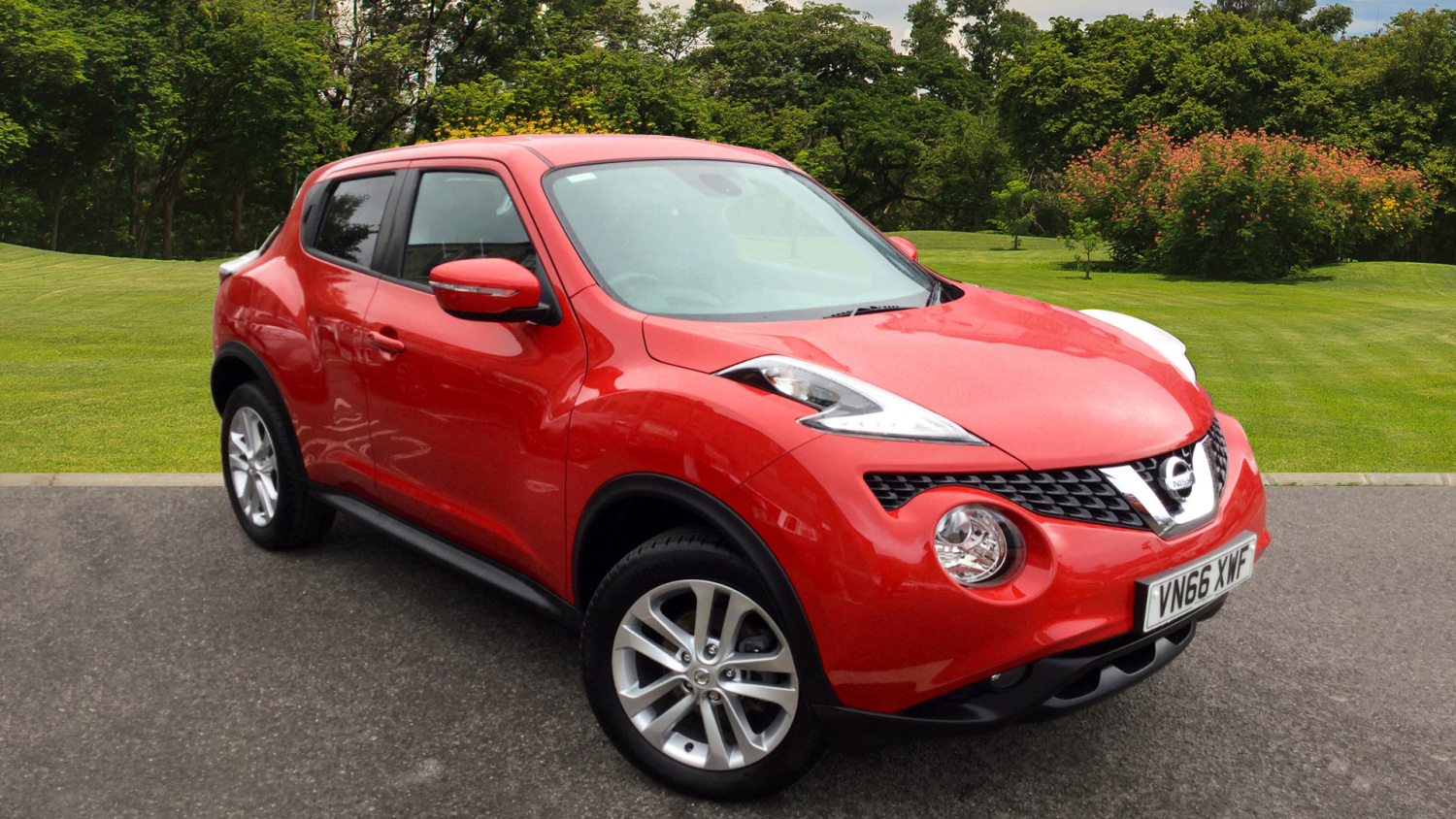 used nissan juke 1 5 dci n connecta 5dr diesel hatchback for sale in scotland macklin motors. Black Bedroom Furniture Sets. Home Design Ideas