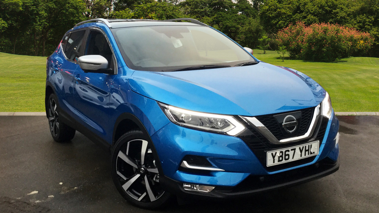 used nissan qashqai 1 5 dci tekna 5dr diesel hatchback for sale in scotland macklin motors. Black Bedroom Furniture Sets. Home Design Ideas