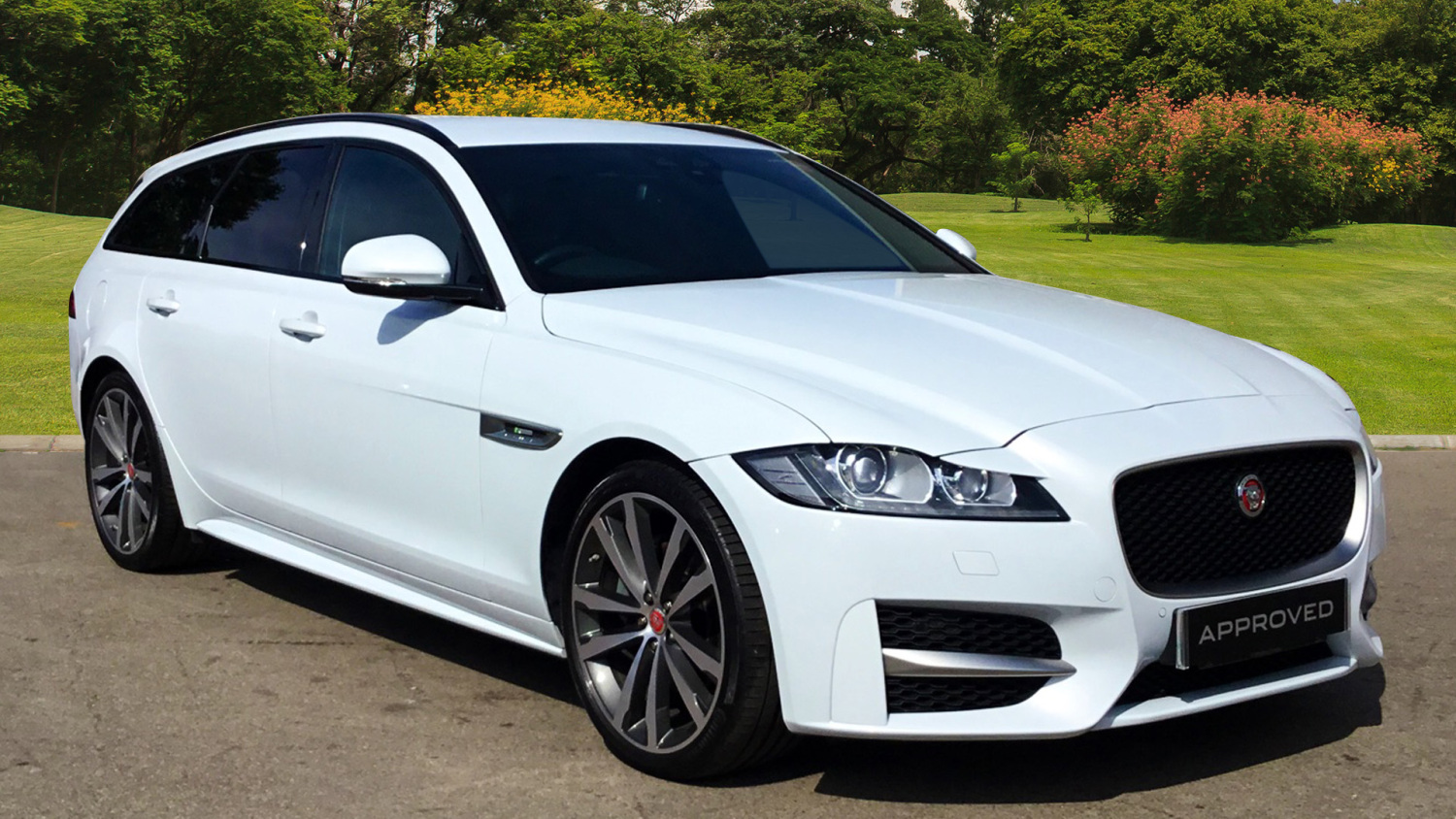 used jaguar xf 2 0d 180 r sport 5dr auto diesel estate for sale in scotland macklin motors. Black Bedroom Furniture Sets. Home Design Ideas