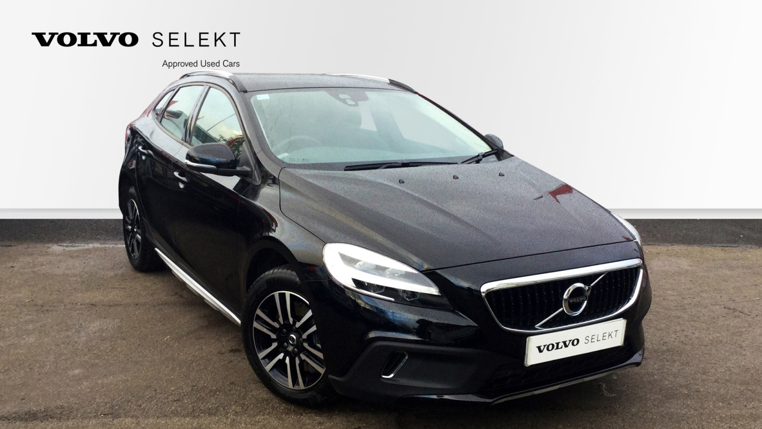 used volvo v40 t3 152 cross country 5dr petrol hatchback. Black Bedroom Furniture Sets. Home Design Ideas