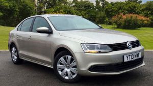 Volkswagen Jetta 1.6 Tdi Cr Bluemotion Tech S 4Dr Diesel Saloon