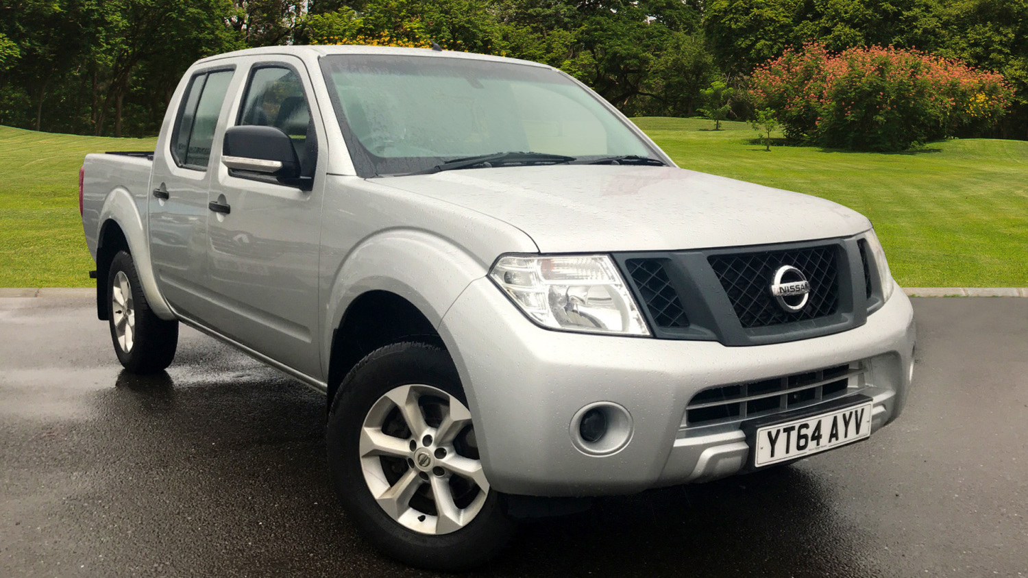 used nissan navara diesel double cab pick up visia 2 5dci. Black Bedroom Furniture Sets. Home Design Ideas