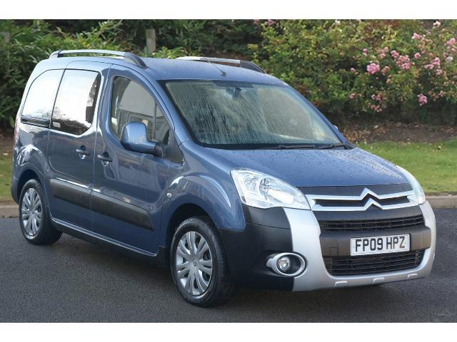 used citroen berlingo multispace 1 6 hdi 90 xtr 5dr diesel estate for sale in scotland macklin. Black Bedroom Furniture Sets. Home Design Ideas