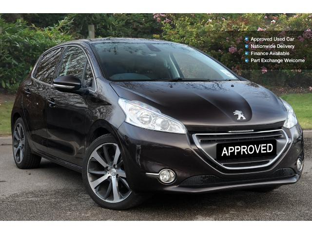 used peugeot 208 1 6 e hdi 115 feline 5dr sat nav diesel. Black Bedroom Furniture Sets. Home Design Ideas