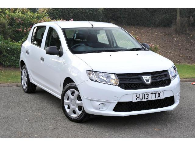 used dacia sandero 1 5 dci ambiance 5dr diesel hatchback for sale in scotland macklin motors. Black Bedroom Furniture Sets. Home Design Ideas