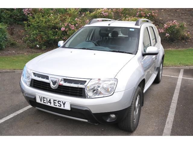 used dacia duster 1 5 dci 110 laureate 5dr 4x4 diesel estate for sale in scotland macklin motors. Black Bedroom Furniture Sets. Home Design Ideas